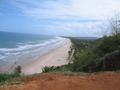 Strand zonder mensen
