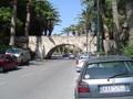 Onder de brug door naar Kosstad